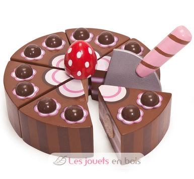 gateau-au-chocolat-en-bois-decoup--