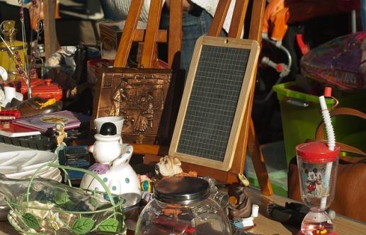 flea-market-1732562_640